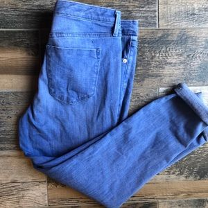 Mossimo Capri jeans Sz 10/ 30 worn one time
